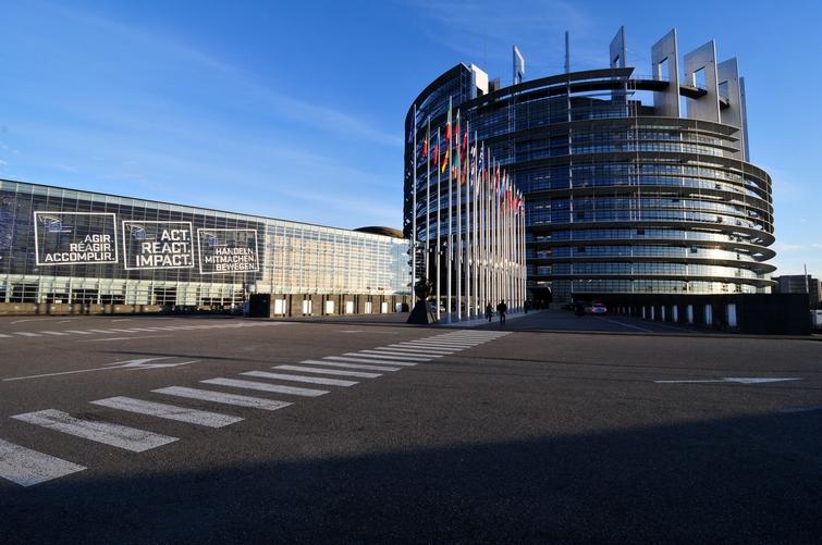 14 02 04 parlement europeen strasbourg ralfr 028