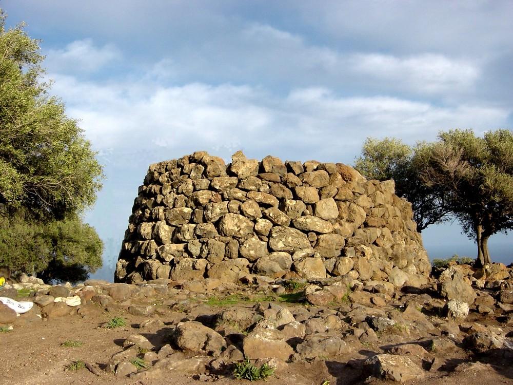 Nuraghe mannu - Nuoro in Sardegna