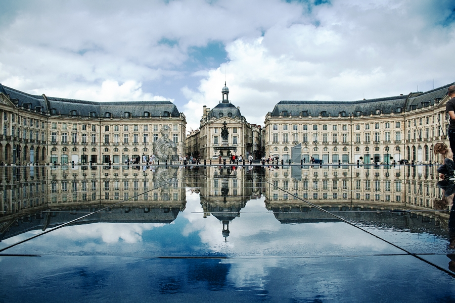 Place de la bourse bordeaux france autheur xellery wikimedia