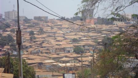 La ville africaine étalée_Abdel R Mounde
